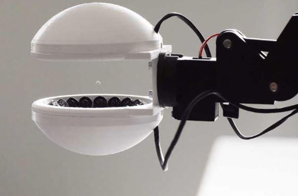 Schuck, la pinza acústica para robot con la que coges un objeto sin tocarlo