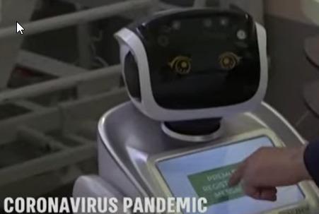 Tommy el robot que vela de los pacientes en las UCI