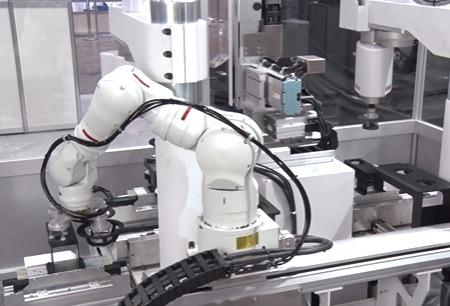 Aterrizan los robots Scara de Yamaha YK610XE-10 y YK710XE-10