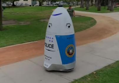 California solicita 70 androides policías para asegurar sus calles
